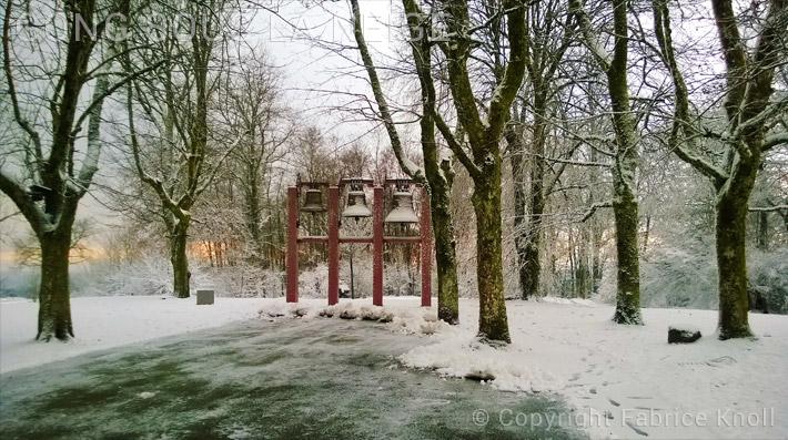 082-gong-sous-la-neige